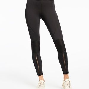 NEW- SHIFT LEGGING - BLACK- Size Large
